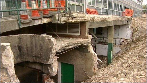 Barnsley College being demolished