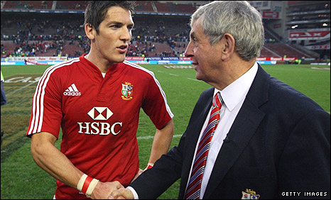 Ian McGeechan (right) congratulates James Hook after his penalty won the game