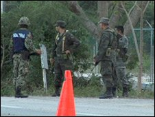 Mexican soldiers man checkpoints in Cancun - file photo from February