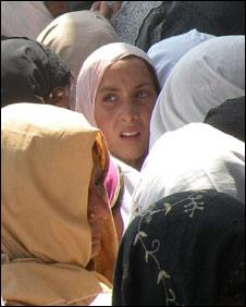 women IDPs outside the Shahbaz Garha distribution point