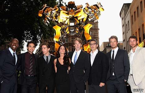 BBC - Newsbeat - Entertainment - Transformers stars at UK premiere