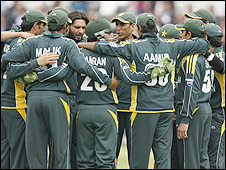 Pakistan have made it through to the semi-finals of the World Twenty20 in England