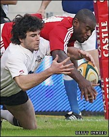 Ugo Monye and Matthew Turner tussle for the ball in Port Elizabeth on Tuesday