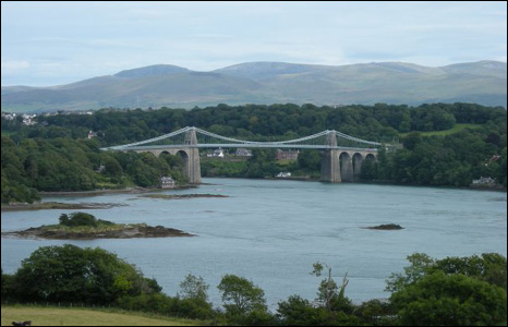 A lovely view of the Menai birdge from Dave Humphreys of Wrexham.