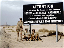Young servicemen at nuclear test site near Reggane in the Algerian Sahara, 1962, photo by Pierre Leroy