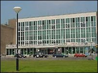 Prifysgol Abertawe
