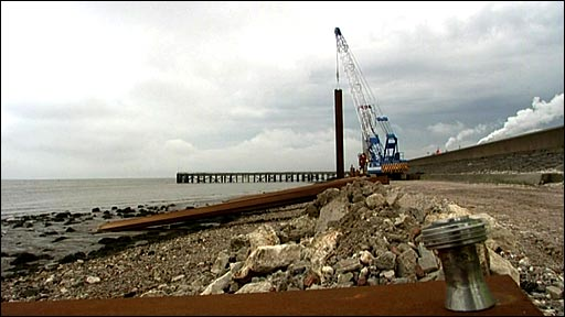 Sea wall project at Humberside Estuary