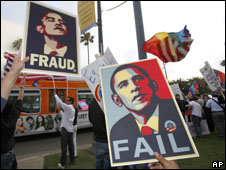 Gay rights campaigners protest against Barack Obama in California, 27 May 2009