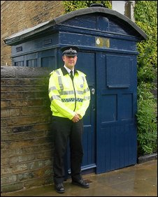 Insp Adrian Waugh and the Tardis