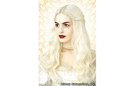 Anne Hathaway plays the White Queen