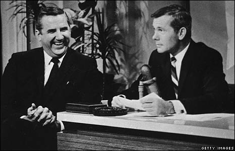 'Ed McMahon and Johnny Carson' from the web at 'http://newsimg.bbc.co.uk/media/images/45962000/jpg/_45962799_mcmahoncarson1960_getty.jpg'