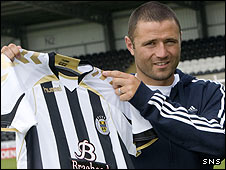 Michael Higdon shows off his new team colours