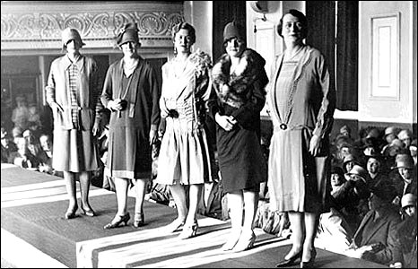 Fashion show at Swindon Mechanics Institute, 1920s