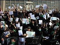 مؤيدون لموسوي في طهران