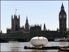 The capusle is take down the Thames