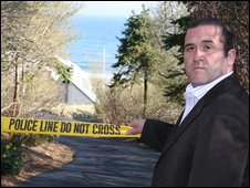 Willard Foxton outside Madoff's Long Island house
