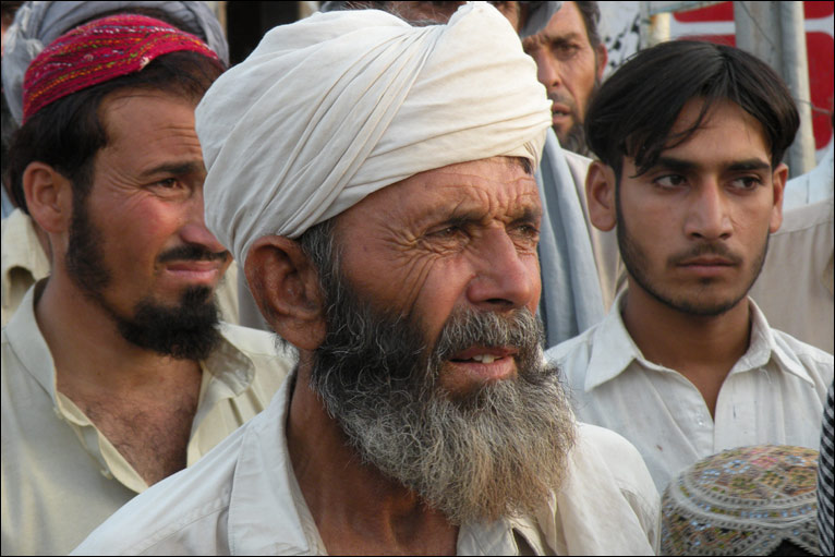 Displaced people in Dera Ismail Khan