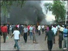 bangladeshi workesr protesting on 280609