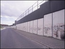 The peace line along the Shankill in 1999