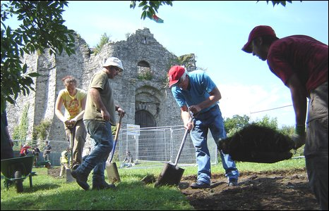 Dig at Ostermouth Castle