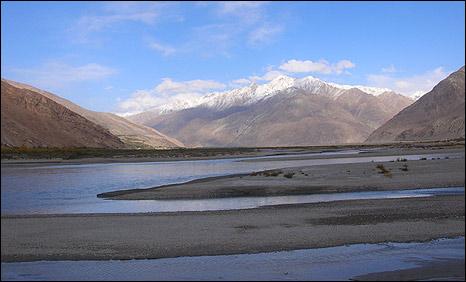 Oxus river in the Wakhan corridor (Pic: Aunohita Mojumdar)