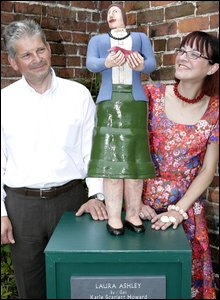 Artist Katie Scarlett Howard and sponsor Nigel Petrie with the sculpture