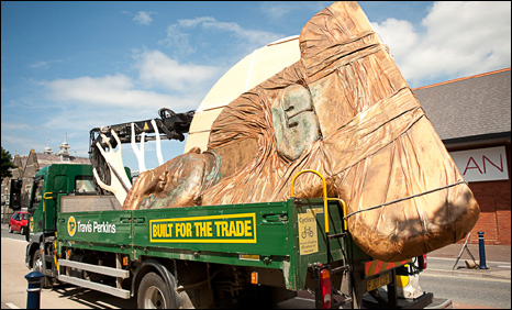 The Buddha on the lorry. Photo: Keith Morris