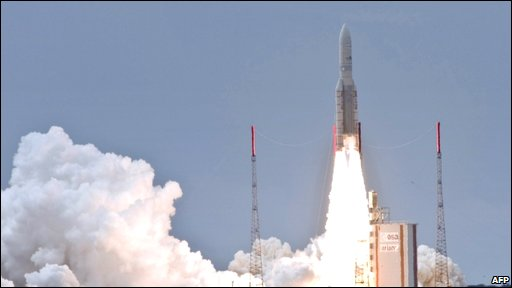 Ariane 5 rocket launching from Kouros