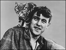 William Ballantyne and Wopsie the kitten