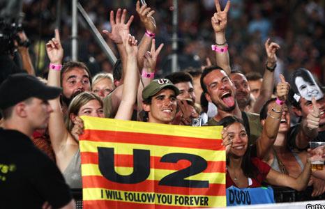 U2 fans at Barcelona gig