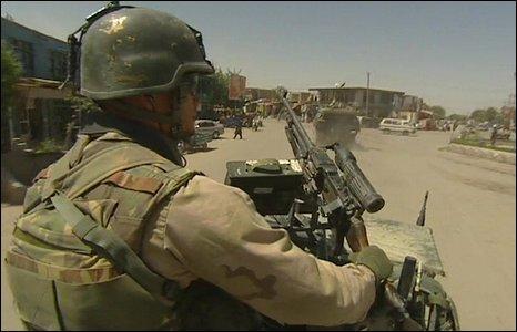 Dutch patrol in Uruzgan
