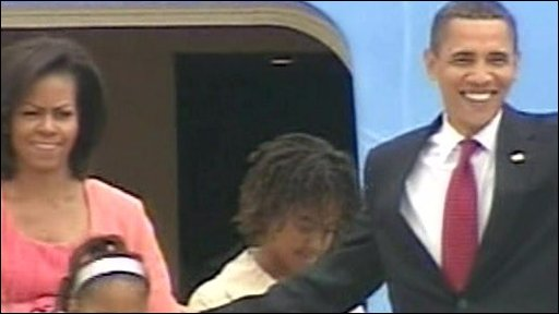 President Obama arrives in Moscow