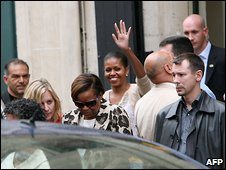 Michelle Obama leaves a Paris store, 7 June, 2009