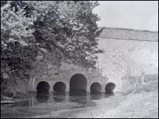 Bridge after work in 1942. Photo courtesy of Worcestershire History Centre