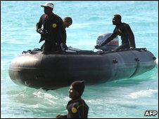 A crash search team off the Comoros