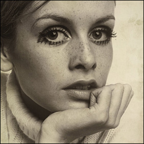 Twiggy, 1967 by Ronald Traeger, Cibachrome print from a transparency of a vintage print � Tessa Traeger
