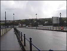 Craigavon Bridge