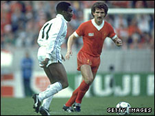 Laurie Cunningham takes on Liverpool's Graeme Souness