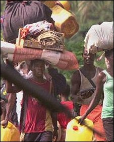 Generic image of Sierra Leonean refugees fleeing war in 2000