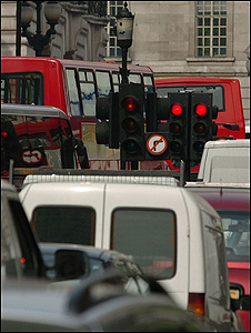 Congestion in central London (Image: BBC)