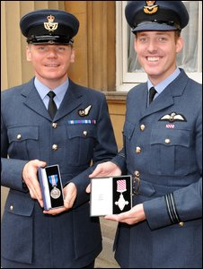 Flight Lieutenant Lee Turner and Master Aircrewman 'Rich' Taylor