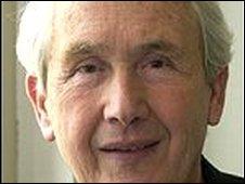 Author Frank McCourt