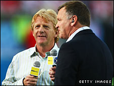 Ray Stubbs (right) with Gordon Strachan at Euro 2008