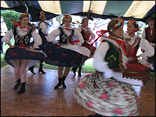 Polish folk dancers at Bletchley Park, 19 Jul 09