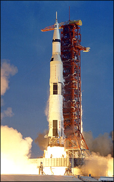 Saturn V launch - Apollo 11 (Nasa)