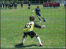 Minis football