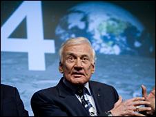 Buzz Aldrin (AP)