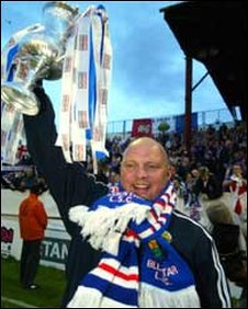 Linfield manager David Jeffrey celebrates after the Blues won the Setanta Cup in 2005