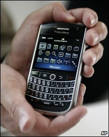 Blackberry Tour (AP)