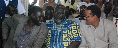 Foreign Minister Deng Alor (L) Malik Aggar governor of Blue Nile state (C) and Internal Affairs Minister Ibrahim Mahmuod Hamid